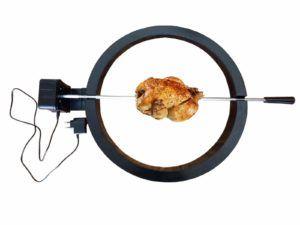 Uz ražanj po mjeri Kamado Madness roštilja piletina će ispasti savršeno